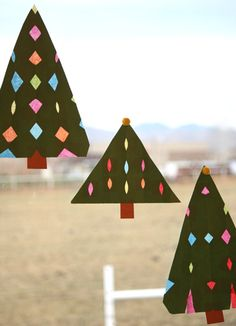 present for christmas: paper stained glass christmas trees, kids craft ideas - crafts ideas - crafts for kids
