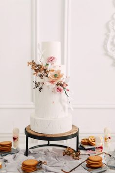 WedLuxe Magazine - The Global Authority on Luxury Weddings Tall Wedding Cakes, Luxury Wedding Cake, Elegant Wedding Cakes, Wedding Cake Designs, Timeless Wedding, Minimalist Beauty, Minimalist Wedding, Pretty Cakes, Beautiful Cakes