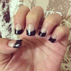 DIY Gel nails with black tips!