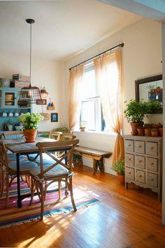 Kolme kotia - Three Homes Tälle päivälle löytyi kolme mielenkiintoista kotia. Australialaiset kodit ovat kauniin rustiikkisia ja tunnelma...