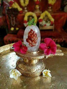 Shiva Parvati Images, Lord Krishna Images, Mahakal Shiva, Shiva Art, Hanuman Pics, Shiva Shankar, Vaishno Devi, Shiva Linga, Hindu Deities