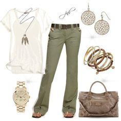 Love this style. Good cargo pant with a loose T and bangles... perfect!