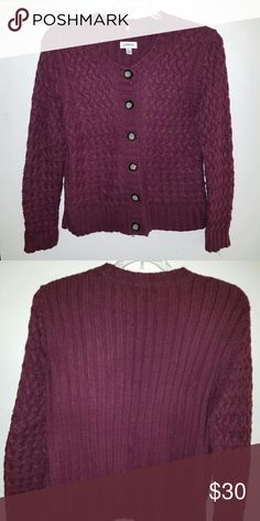 Beautiful Versatile sweater that looks equally put together whether buttoned up or not. Flattering fit Sweaters Cardigans
