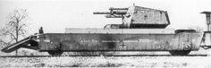 транспортно десантный  вагон немецкого броне поезда с  122-мм САУ с использованием гаубицы М-30  и шасси  французского Лоррана12.2 cm Kanone (r) auf Geschutzwagen Lorraine (f) .on the transport-the landing platform of the German armored trains