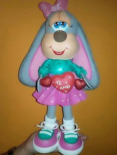 Easter Crafts, Princess Peach, Smurfs, Minnie Mouse, Dolls, Fictional Characters, Crochet Roses, Baby Dolls, Love Cards