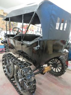 1919 Ford Model T Touring Snowmobile   ===>  https://de.pinterest.com/imsnogirl2/old-time-transportation/