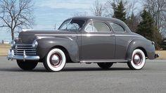 1941 Chrysler Highlander Club Coupe Vintage Auto, Vintage Cars, Principals Of Design, Manual Transmission, Car Ins, Buick, Plymouth, Mopar, Colorful Interiors