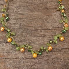 Novica Handmade By Golden Silk Freshwater Pearl and Peridot Tropical Elite Strand Necklace (Thailand), Women's, Size: 18.5 Inch, Green