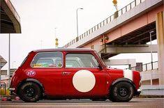 静寂 in Kyobashi Mini Cooper Custom, Mini Cooper Classic, Classic Mini, Classic Cars, Mk1, My Dream Car, Dream Cars, Mini Morris, Cooper Car