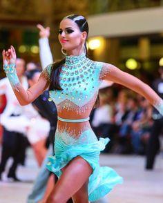 According to experts, salsa dancing can burn up as many as 10 calories per minute. Latin Ballroom Dresses, Ballroom Dancing, Latin Dresses, Ballroom Costumes, Latin Dance Costumes, Salsa Dress, Dance Hairstyles, Dance Shirts, Salsa Dancing