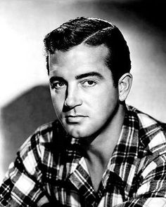 """Vintage Stardust on Instagram: """"Remembering actor John Payne (1912-1989), who passed away 28 years ago today 😞🙏🏼💖. Payne began touring with theatrical groups in the 1930s…"""" Hollywood Actor, Classic Hollywood, Marie Windsor, John Payne, Actor John, Passed Away, Touring, 1930s, Actors"""