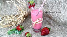 Frullato di fragole rinfrescante genuino, sostanzioso, facile, veloce, profumato, cremoso, adatto a grandi e bambini Bevanda estiva.