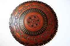 decoración de pared de cuerocuero grabadoPlato Centro por Limbhad