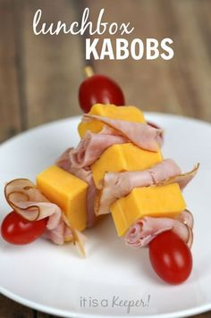 These lunch box kabobs are a healthy kid snack that your kids will love to bring to school!