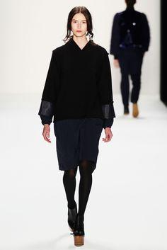 Vladimir Karaleev Fall 2013 Ready-to-Wear Fashion Show