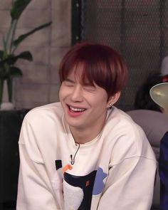 Nct 127, Kim Jung Woo, Nct Life, Sm Rookies, Meme Faces, Worlds Of Fun, Boyfriend Material, Taeyong, Jaehyun
