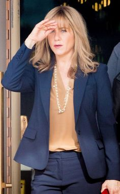 Jennifer Aniston Steps Out With New Blond Bangs While Shooting Upcoming Movie The Yellow Birds Jennifer Aniston