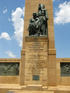memorial to the women Paul Kruger and the President Martinus Theunis Steyn of the Orange Free State Boer War Memorial, Bloemfontein, Free State, South Africa Free State, African History, Africa Travel, Countries Of The World, Travel Photos, South Africa, Places To Go, Beautiful Places, Scenery