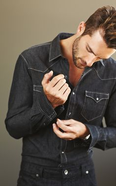 Men's casual style. Denim Shirt. Rafael Lazzini
