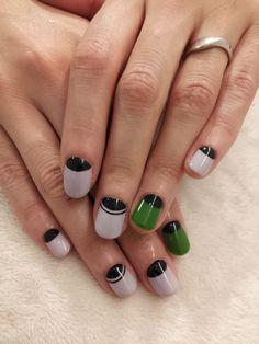 a thin line in addition to a half moon. looks cute. Creative Nail Designs, Creative Nails, Hair And Nails, My Nails, Moon Manicure, The Art Of Nails, Nail Polish Art, Japanese Nails, Super Nails
