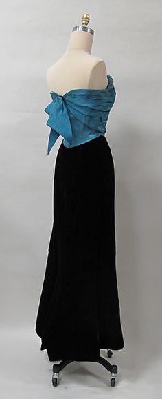 Charles James   Evening dress   1952-54, silk,  American   The Met