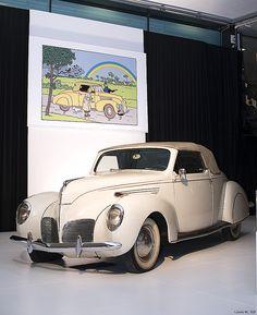 Lincoln Zephyr cabriolet du capitaine Haddock ~  Tintin, Les 7 boules de cristal, page 54.