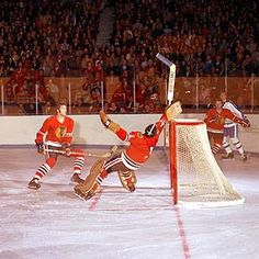 Legends of Hockey - Gallery - Shooting Gallery, 002 Hockey Goalie Pads, Blackhawks Hockey, Chicago Blackhawks, Hockey Players, Ice Hockey, La Kings Hockey, Goalie Mask, Ice Rink, National Hockey League