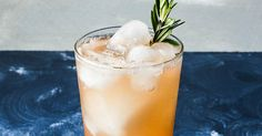 Save this summer cocktail recipe to learn how to make a Rosemary Paloma.