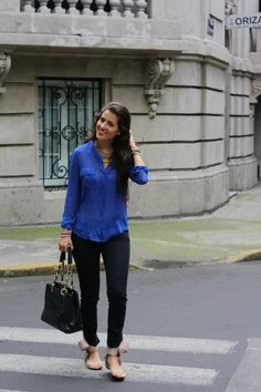 Blue blouse on dark jeans