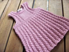 Elli´s dress by Jaanamaa, via Flickr