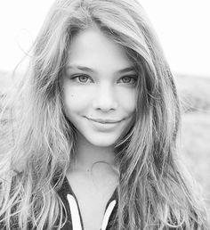 Laneya Grace Shot Taken By @leeclowerphotography ❤ @official_laneya_grace ❤ #laneyagrace #beautiful #gorgeous #stunning #wonderful #beauty #pretty #cute #model #blackandwhite #photography #teenmodel #topmodel #portrait #topportrait #art