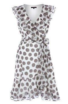 I love polka dots. Would look cute with some mustard colored shoes and necklace.