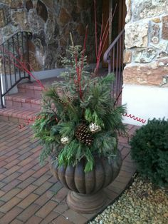 Rustic Christmas Potted Christmas Trees, Christmas Arrangements, Rustic Christmas, Christmas Crafts, Christmas Decorations, Front Porch, Diy Crafts, Plants, Primitive Christmas