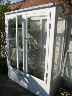 Diy greenhouse from old windows. Indoor Greenhouse, Greenhouse Gardening, Grow Cabinet, Forest Garden, Garden Architecture, Old Windows, Backyard, Patio, Outdoor Gardens