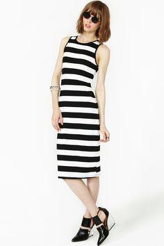 Fall In Line Dress @ Nasty Gal