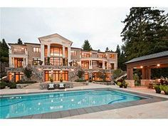 Seattle Real Estate, Waterfront Mercer Island Home on Acres, with a spill down terrace around the in-ground pool & hot tub. Dream Home Design, My Dream Home, House Design, Patio Design, Style At Home, Houses Architecture, Dream Mansion, Seattle Homes, Million Dollar Homes
