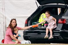 Prince George and Princess Charlottes Carside Snack Break During Polo Match Showed Real Life Duchess Kate, Duke And Duchess, Duchess Of Cambridge, Khaki Green Dress, William Kate, Prince William, Polo Match, British Royal Families, Royal Fashion
