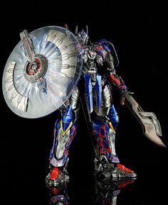 【玩具人'sumsum'投稿】模型分享投稿: Age of extinction-Optimus Prime(Takara Tomy Dual model kit series) | 玩具人Toy People News