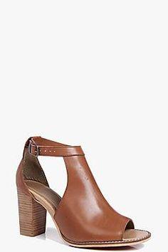 Boutique Daisy Cut Work Peeptoe Leather Sandal