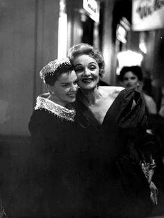 Judy Garland y LA DIETRICH.
