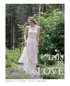 2015年最新秋冬ブライズメイド ドレスコレクション スパンコール・チュール・アースカラーのシフォンなどグラマラスでボヘミアンな雰囲気のご結婚式に最適 二次会や1.5次会用のウエディングドレスとしてもお勧めです ドレスは全てお取り寄せとなり、オーダーから最短3週間でお届けが可能です! http://www.bridesmaids.jp/product-category/longdress-group/3weeks-long