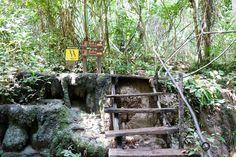 Erawan Wasserfällen Wegweiser zu Level 6 + 7