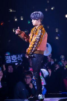 BTS World Tour Love Yourself in Nagoya, Japan day 2 Jimin, Min Yoongi Bts, Min Suga, Bts Bangtan Boy, Bts Boys, Seokjin, Kim Namjoon, Kim Taehyung, Daegu
