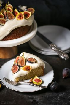Olive Oil Cake with Mascarpone Frosting & Fresh Figs Recipe