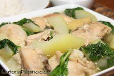 Chicken Tinola Recipe - Filipino Recipes from Lutong Filipino Filipino Dishes, Filipino Recipes, Filipino Food, Pancit Palabok Recipe, Chicken Macaroni Salad, Pinoy Food, Healthy Soup, Salad Recipes, Chicken Recipes