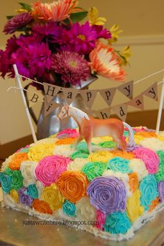 Idk about the toy horse but the cake is pretty.