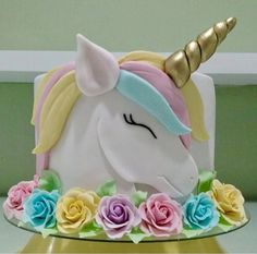 Hermoso diseño de perfil, para variar del clasico unicornio defrente.