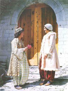 Albanian Folk Costumes - Veshje Popullore Shqiptare. Woman costumes with çitjane. Gjirokastër