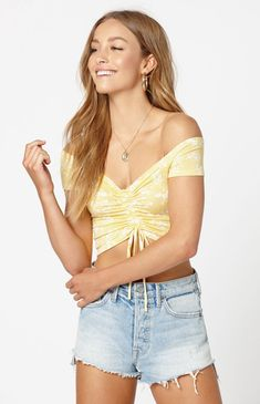 d781011f107ecc Me To We Low Key Off-The-Shoulder Top by Me to We
