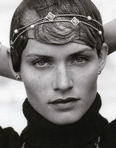 Amber Valletta. http://www.dazeddigital.com/fashion/article/15860/1/90s-models-just-cant-get-enough
